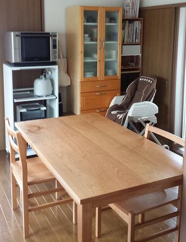 東京都のお客様へチェリーのダイニングテーブルとチェアーをお届け