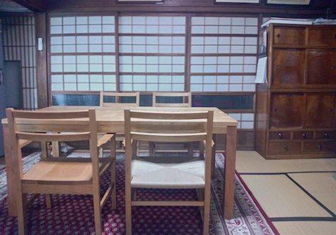 福島県のお客様にお届けしたチェリーのダイニングテーブルとチェアー