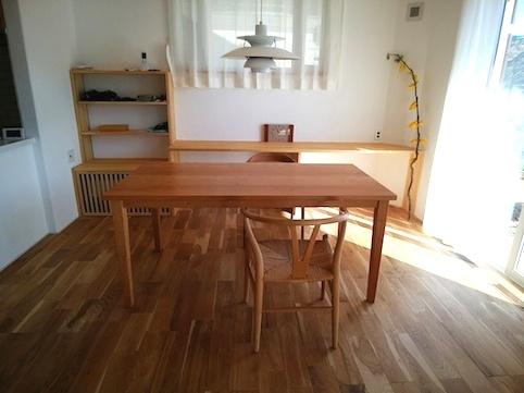 宇都宮市のお客様にお届けしたチェリーのダイニングテーブル
