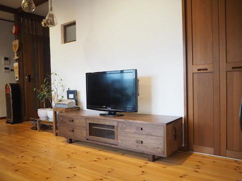 ウォールナットのテレビボード 納品