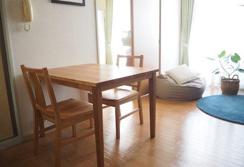 宇都宮市のお客様にお届けしたチェリーのカフェテーブルとダイニングチェアー