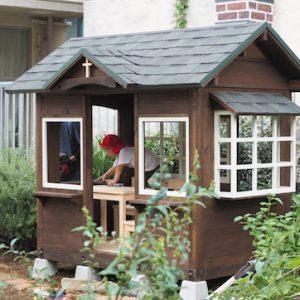 川崎市の幼稚園にお届けした小さな家