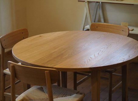 宇都宮市のお客様よりご注文頂いたナラのラウンドテーブル