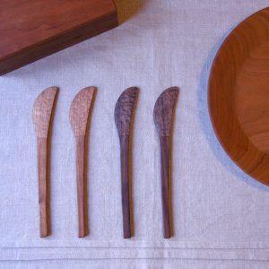 木のバターナイフ