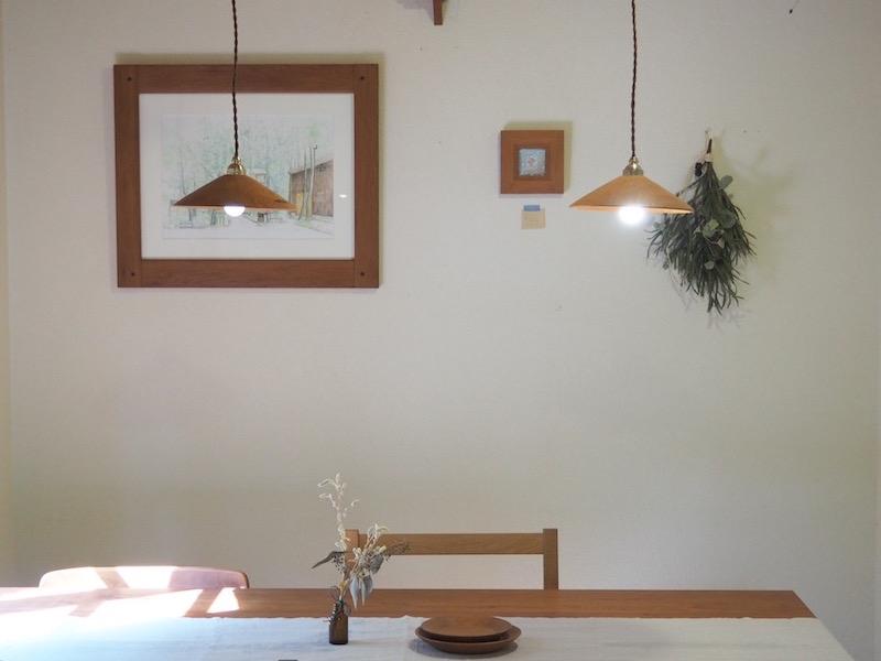 木のランプシェード